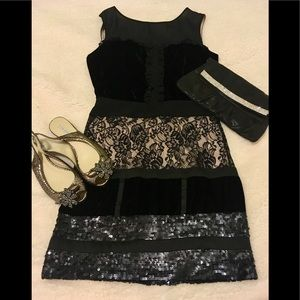 Jessica Simpson Black lace sequins dress